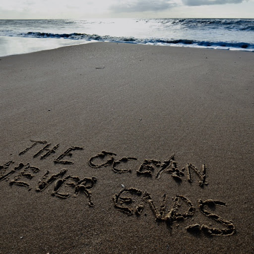 Inge van Calkar – The Ocean Never Ends